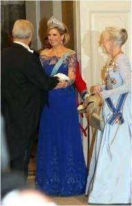 Maximas dress